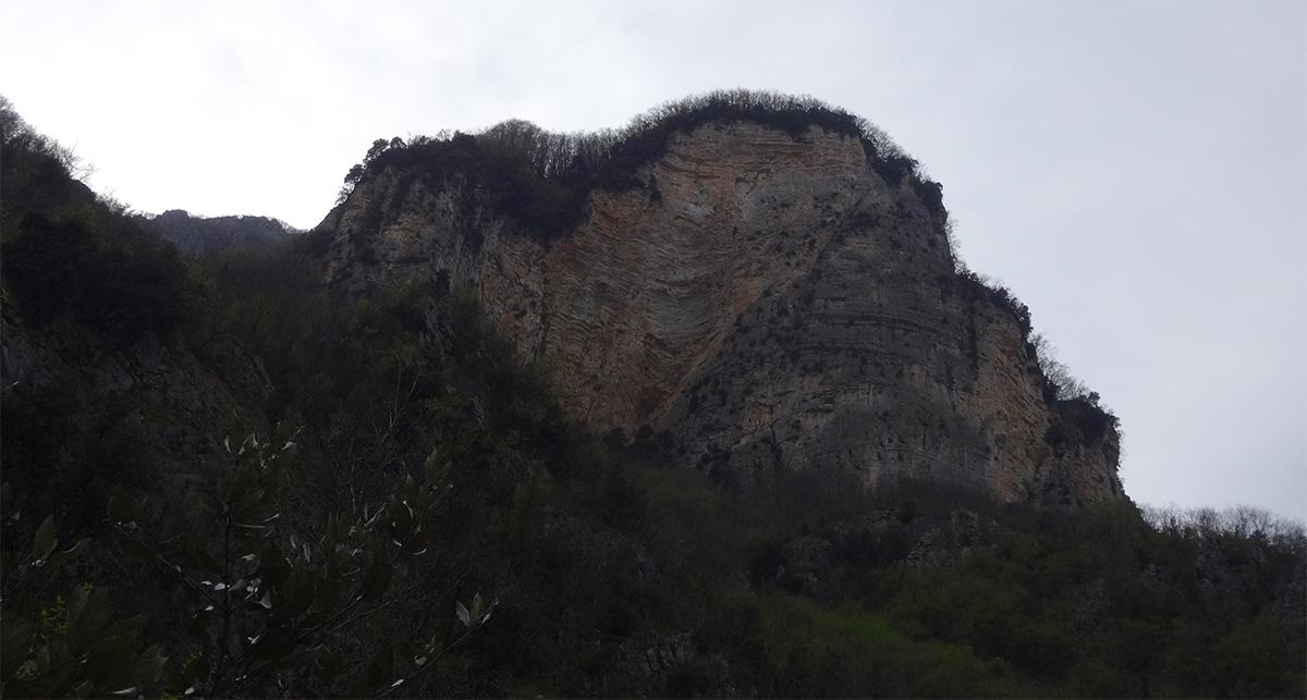 Torri di Monzone - Via Sara