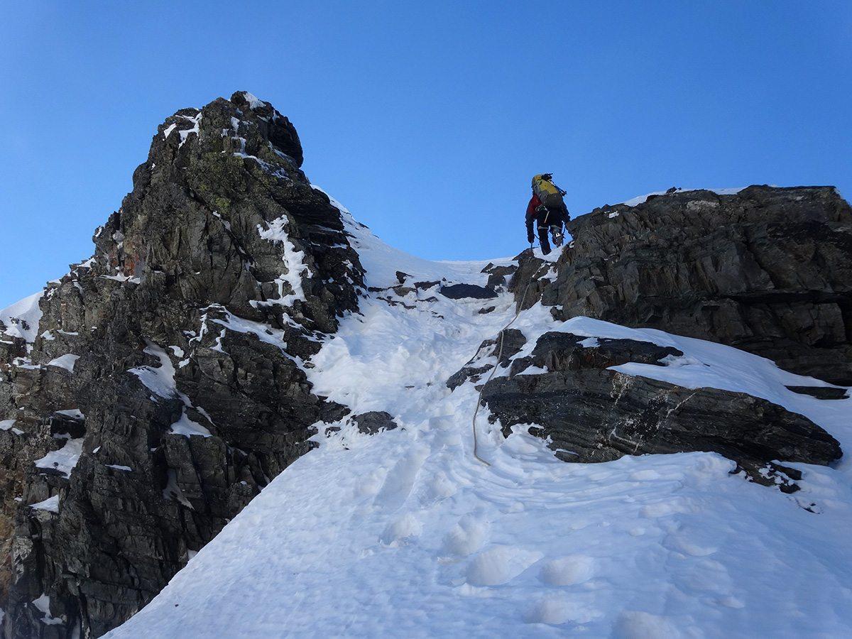 La cresta verso la cima