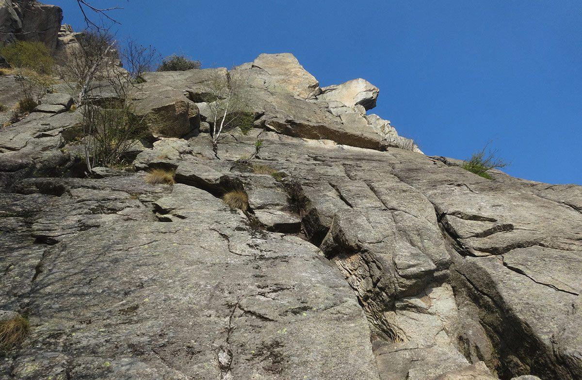 Rocca Sbarua - Lo Scudo di Enea
