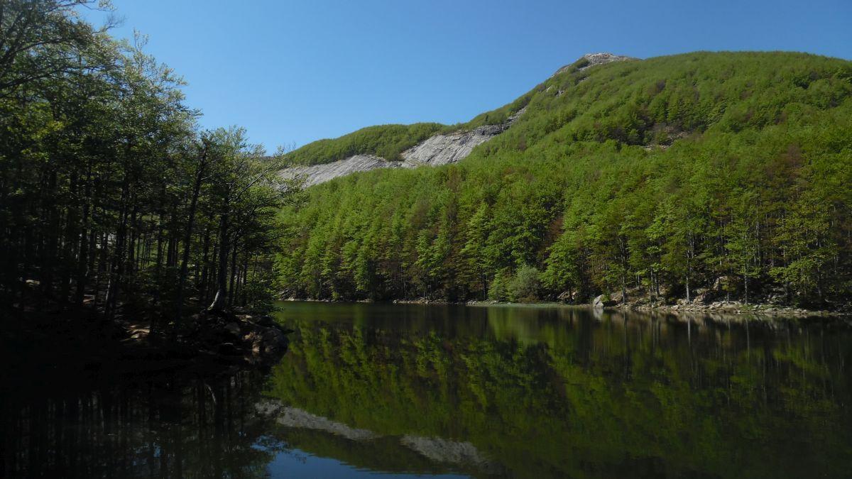 I Lagoni con la Placca del Lago Scuro