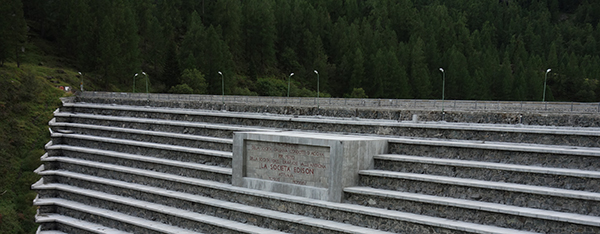 La diga del Lago Alpe dei Cavalli
