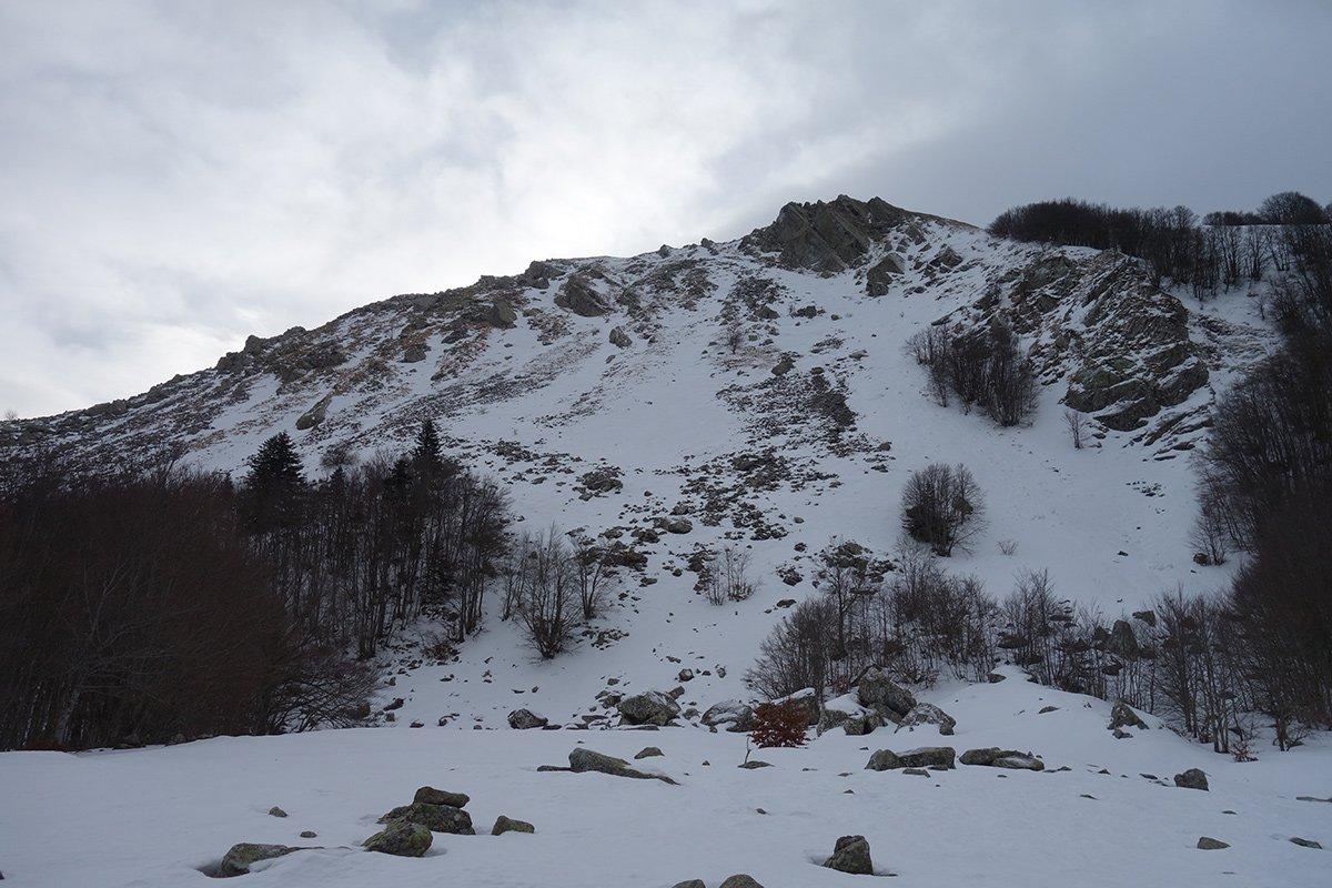 Il versante settentrionale del Monte Ventasso