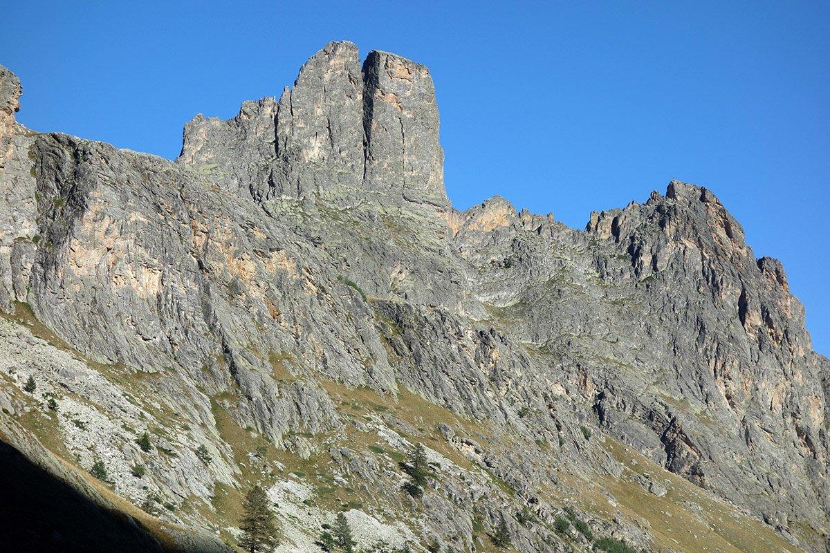 Le pareti Ovest di Rocca e Torre Castello