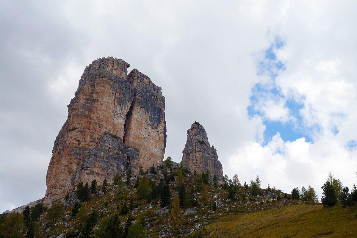 Torre Grande dal parcheggio (a destra la Torre del Barancio)