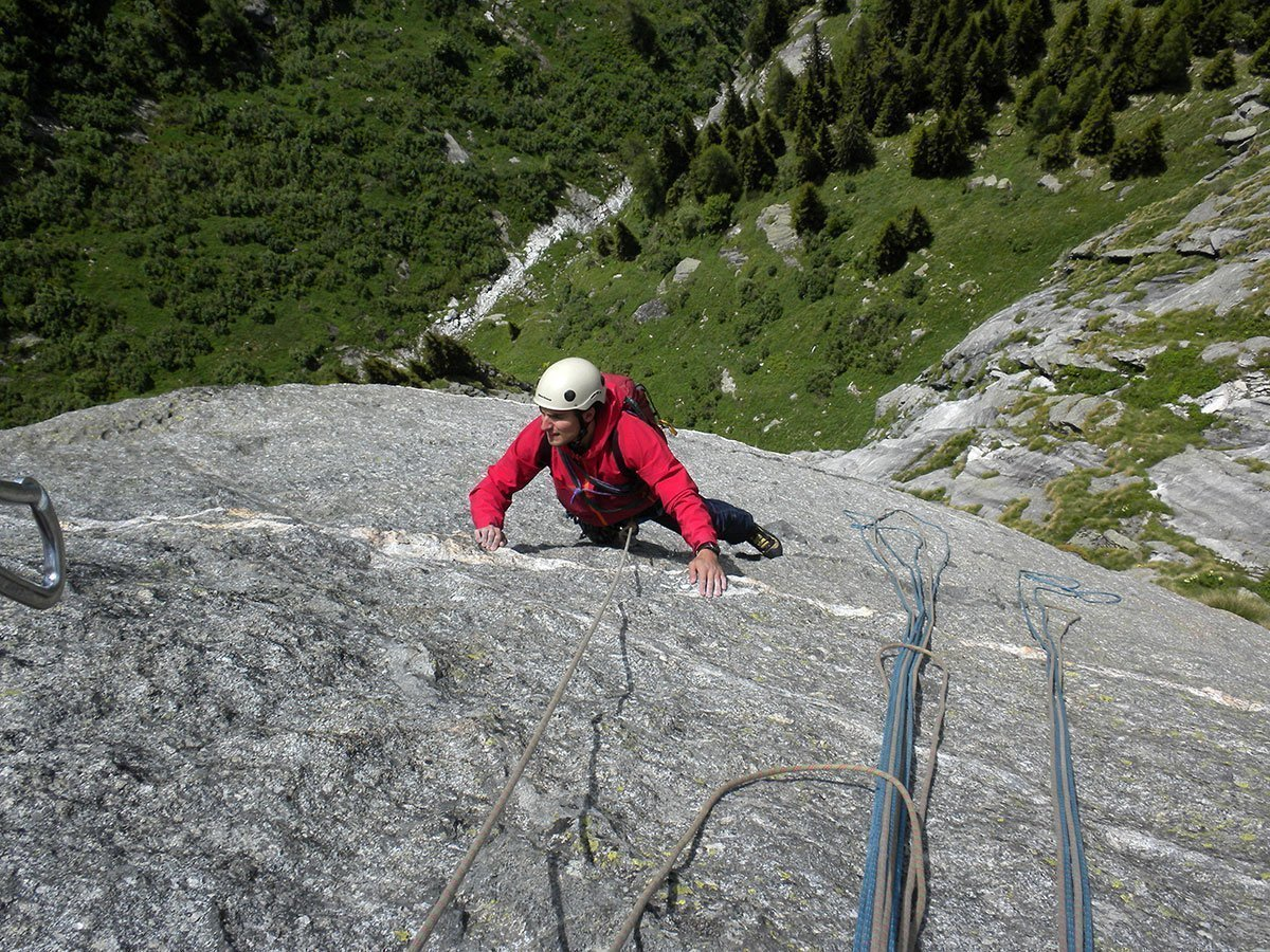 Francesco ancora su L7, quasi in sosta (VIII-) (Foto L. Berio)