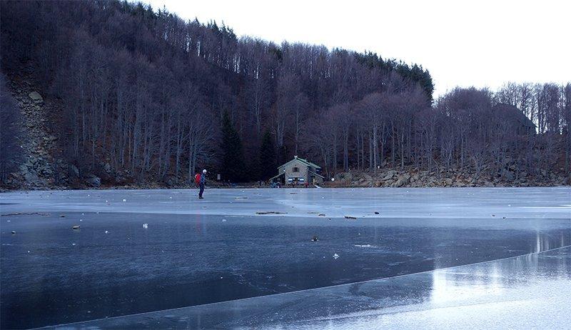 Un ghiacciatissimo Lago Santo parmense