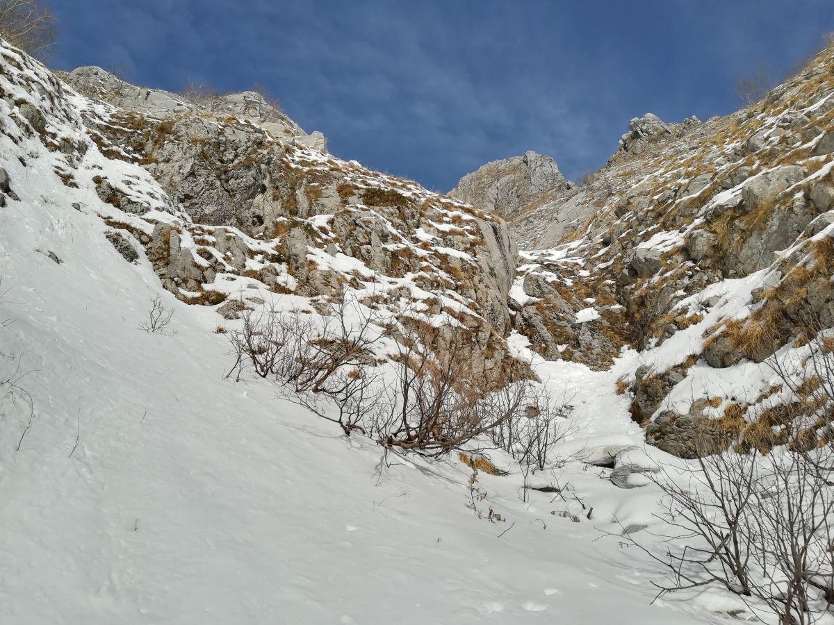 Roccandagia - Canale di san Viano e Cresta sud